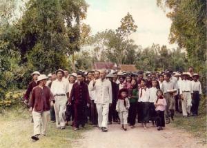 Cụ Hồ về thăm quê (Kim Liên, Nam Đàn, Nghệ An)  1957