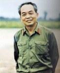 Đại tướng Võ Nguyên Giáp tại quê hương (2-1973)